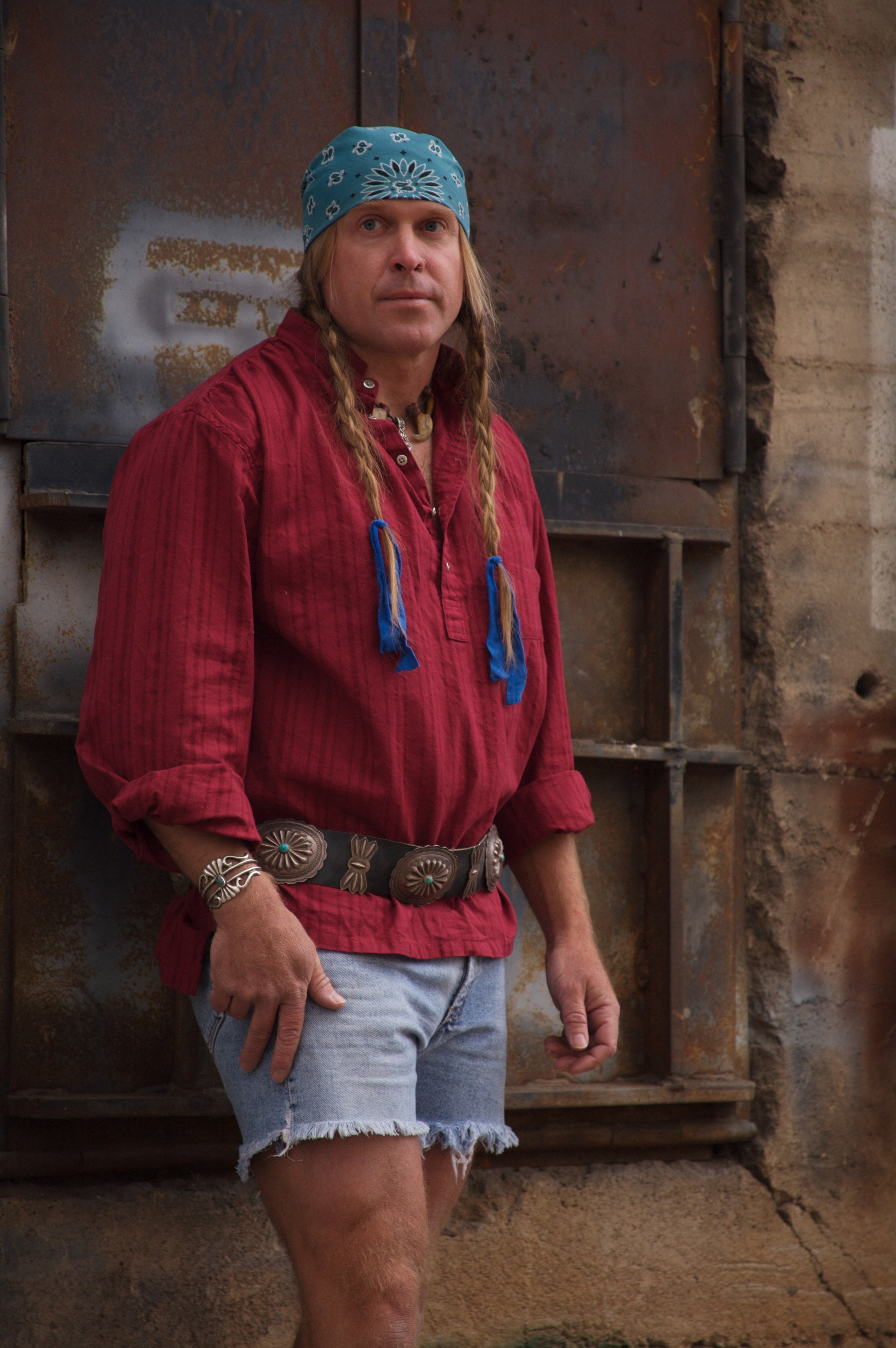 CODY LUNDIN: outdoor survival, primitive living skills, and
